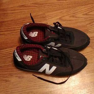 NEW BALANCE 410 Classics Sneakers WL410DSC Black W